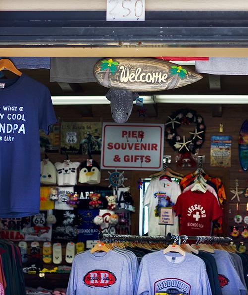 Pier Souvenir & Gifts